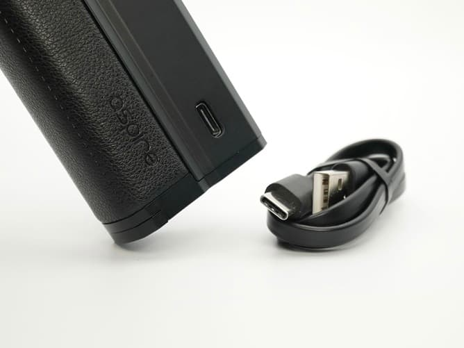 アスパイア ノーチラスプライムエックス 充電用ポート