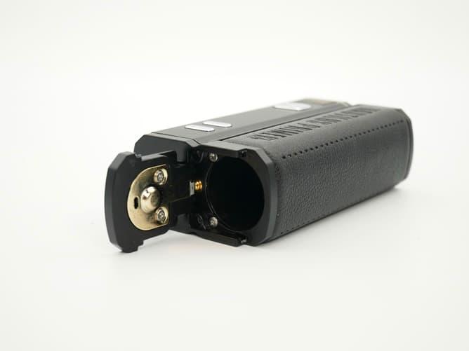 アスパイア ノーチラスプライムエックス 18650バッテリー挿入口